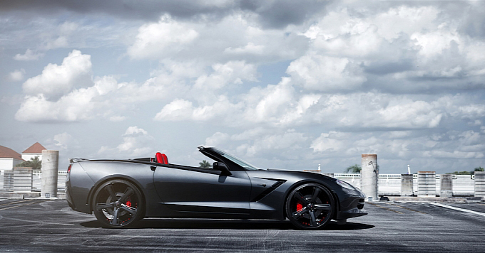 New-Corvette-Stingray-Convertible-Shines-2014-Savini-Custom-Wheels